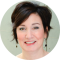 Dr. Claudia Lampman